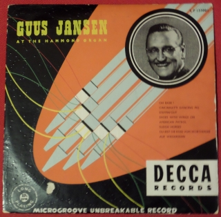 At The Hammond Organ - Guus Jansen